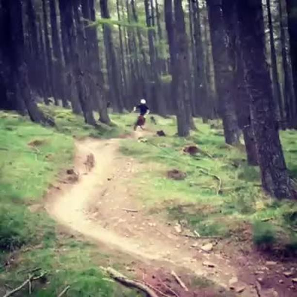 What's your go to warm up track on an uplift day?  #mtb  #uplift  #dh  #enduro #angrysheepjacket