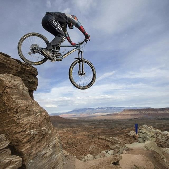 Here is @paul_sendin pic for the #radfakeimagechallenge have you done yours yet?? remember to tag us and use the hashtag so we can see your posts. #redbullrampage #santacruzbicycles #santacruznomad #mtb #mtbpictureoftheday #foxracing #sendit #mtblife #freeride @jwdtphotography